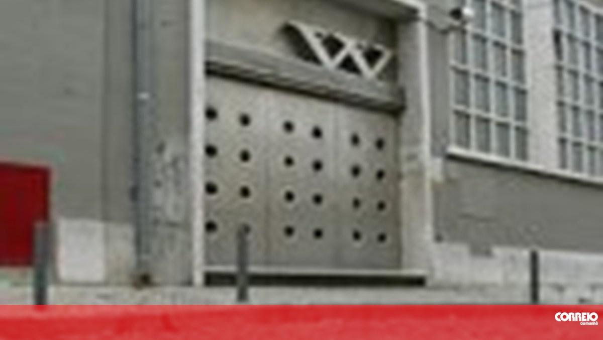 Tiroteio A Porta De Discoteca Em Lisboa Portugal Correio Da Manha