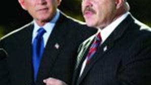 Bush perde aposta na Segurança Nacional