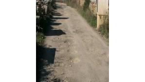 Acesso ao Murganhal, em Sintra, é em terra batida e está esburacado
