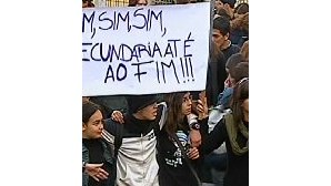 Alunos protestam