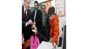 Internet já chega a 8240 escolas