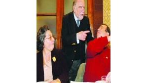Sócrates põe Governo à frente de Alegre