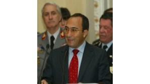 Director diz desconhecer corrupção