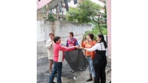 Caem pedaços de betão no edifício 'Pantera cor-de-Rosa', em Chelas
