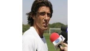Sá Pinto vai assinar pelo Standard