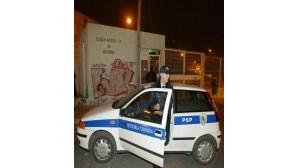 Polícia em força perto de escolas