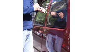 Gasolina trama ladrões