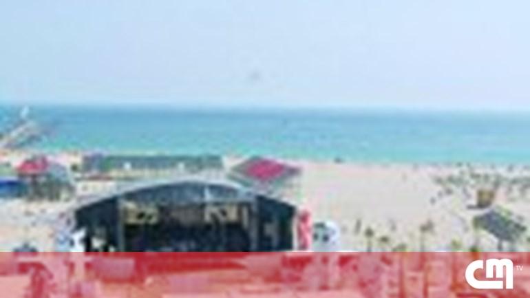 2d6b0b6ba27 Criança pica-se em seringa na praia - Portugal - Correio da Manhã
