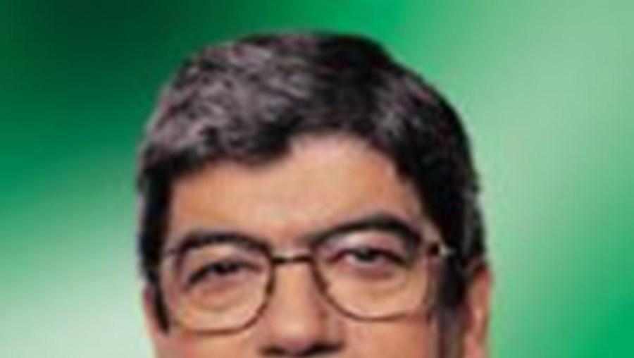 PS CRITICA 'DERROTA' DO GOVERNO