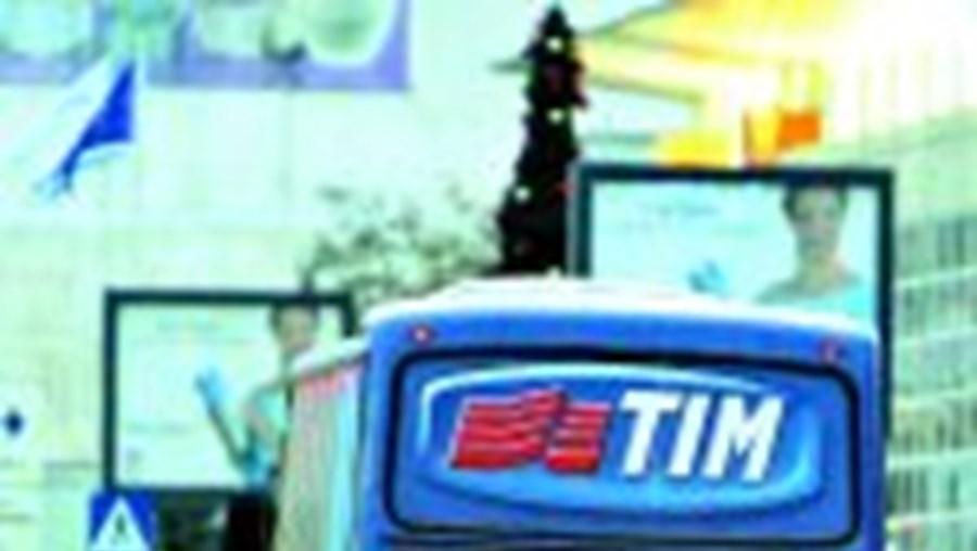 O drama dos reféns encerrados no autocarro bloqueou o trânsito na estrada de Maratona