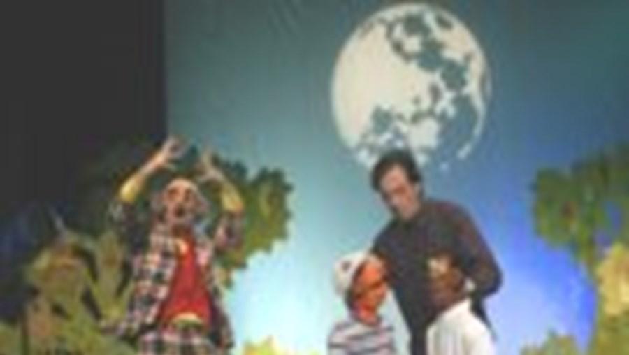 Pedro Borges é o astrónomo de serviço e Gil Filipe 'contracena' com Jerónimo e Agapito