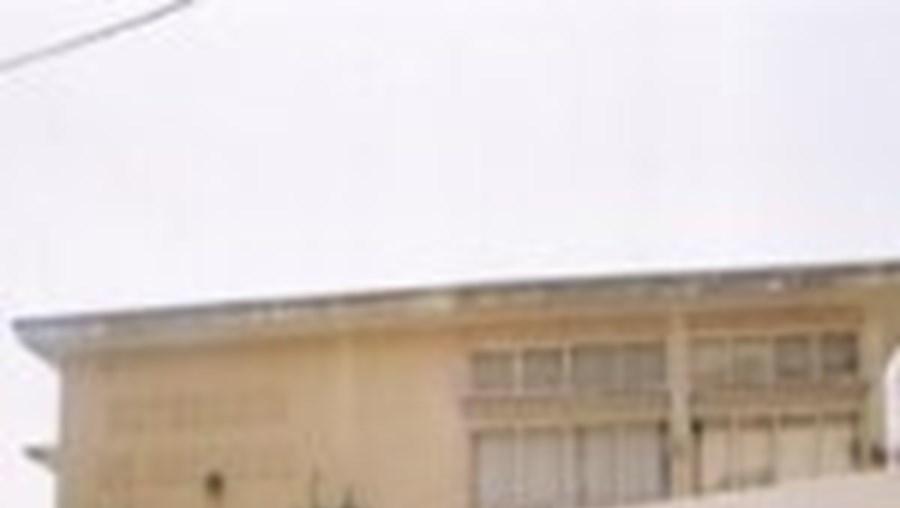 Ontem à tarde na Escola Básica 2,3 de Sesimbra viveram-se momentos de agitação