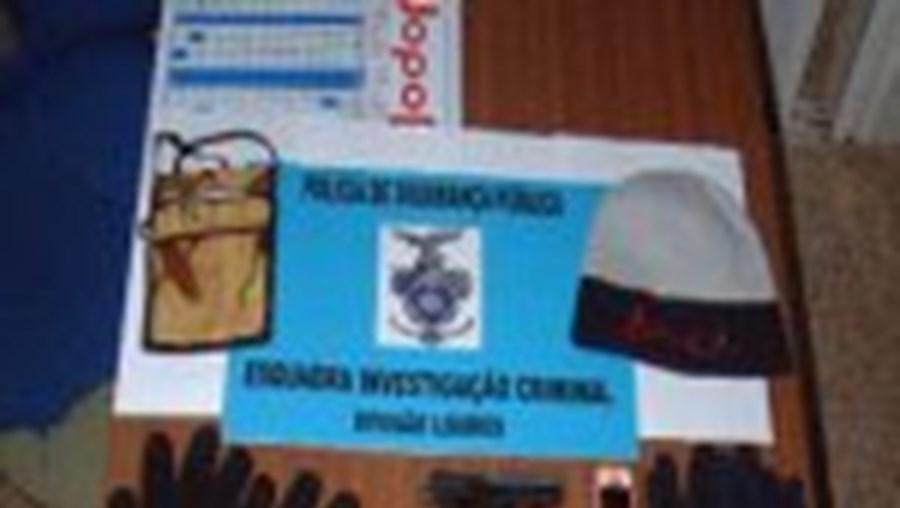 Os 'Furões' da PSP de Loures detiveram os três indivíduos