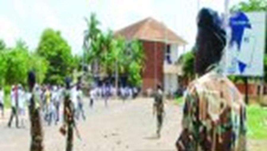 As últimas informações indiciam que poderá haver mais uma nova crise política e miltar na Guiné-Bissau