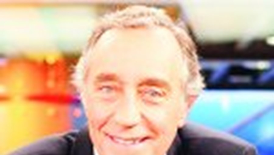 MARCELO ELOGIA JUÍZA