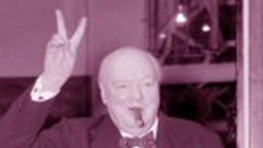 Churchill era ainda favorável a deixar morrer Gandhi à fome