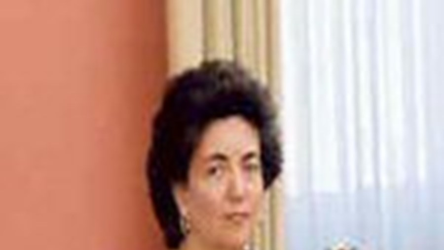 Fátima Felgueiras  deixou o passaporte brasileiro no Barsil e regressou utilizando o passaporte português
