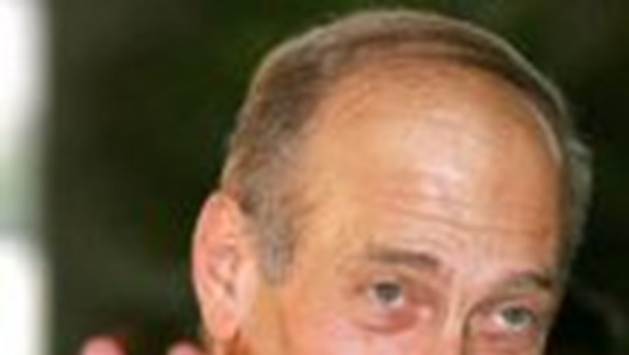 Partido do primeiro-ministro Ehud Olmert perdeu popularidade, mas continua à frente nas sondagens