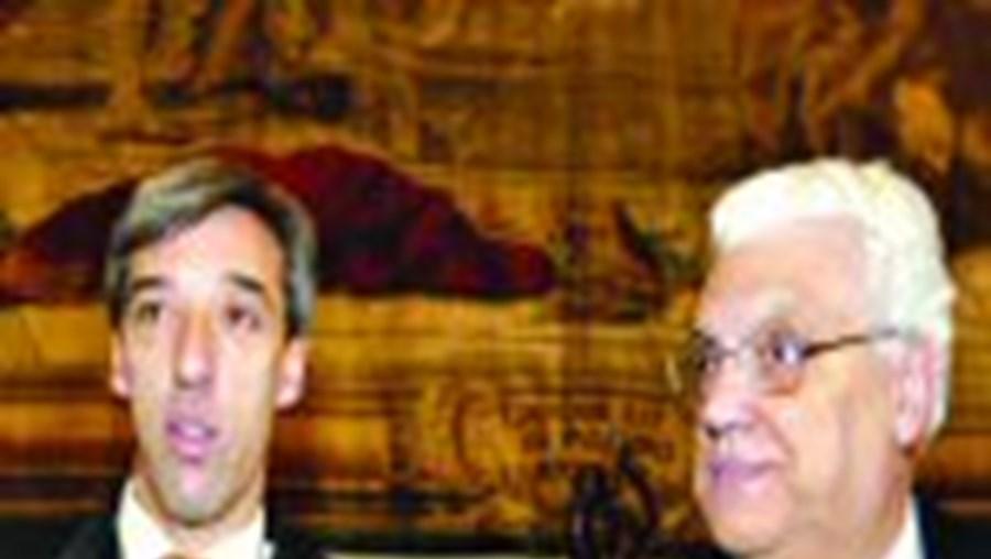 Freitas do amaral (à dir.) e João Gomes Cravinho