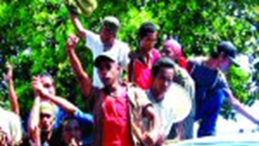 Os militares descontentes protestam nas ruas desde segunda-feira