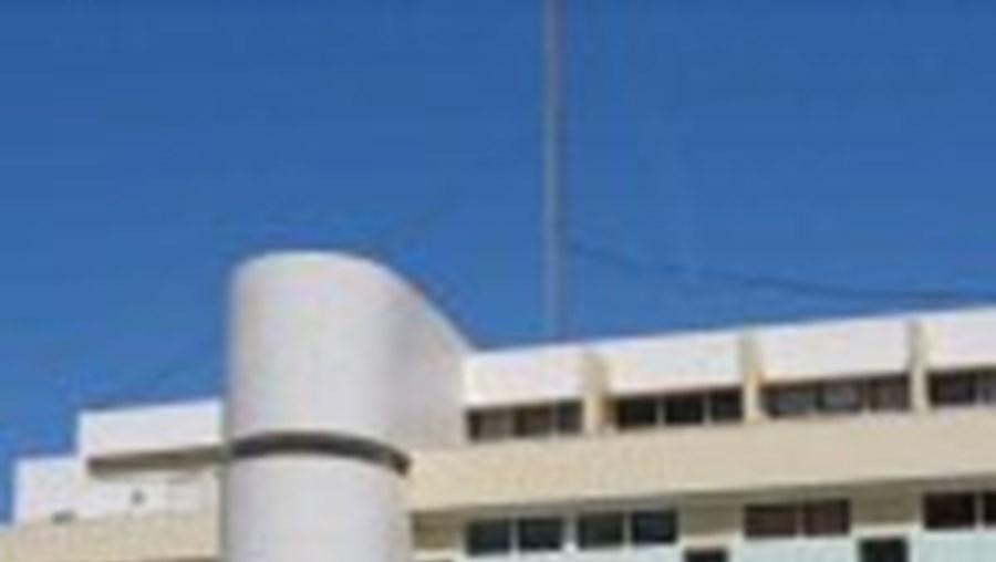 O ucraniano tentou assaltar esta esquadra da PSP, em Portimão