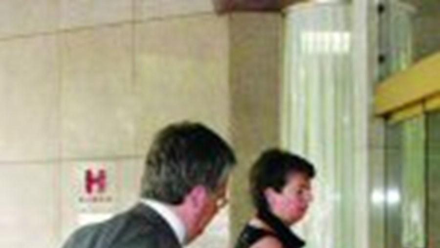Eduardo Cabrita e Ana Paula Vitorino à chegada ao Tivoli