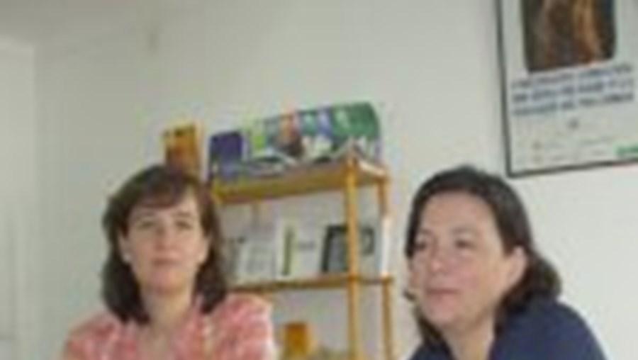 Otília Roque e Antónia Miranda, duas das autoras do estudo Mamãs de Palmo e Meio, falam do perigo de gerar vida num corpo de criança