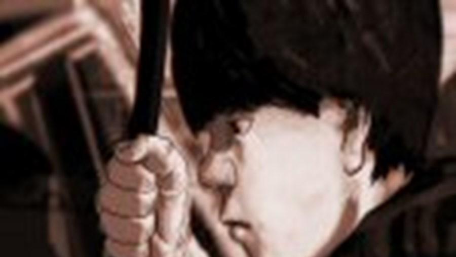 Nélson vivia numa barraca no Entroncamento e foi internado na Casa da Alameda, de onde foge para cometer os crimes
