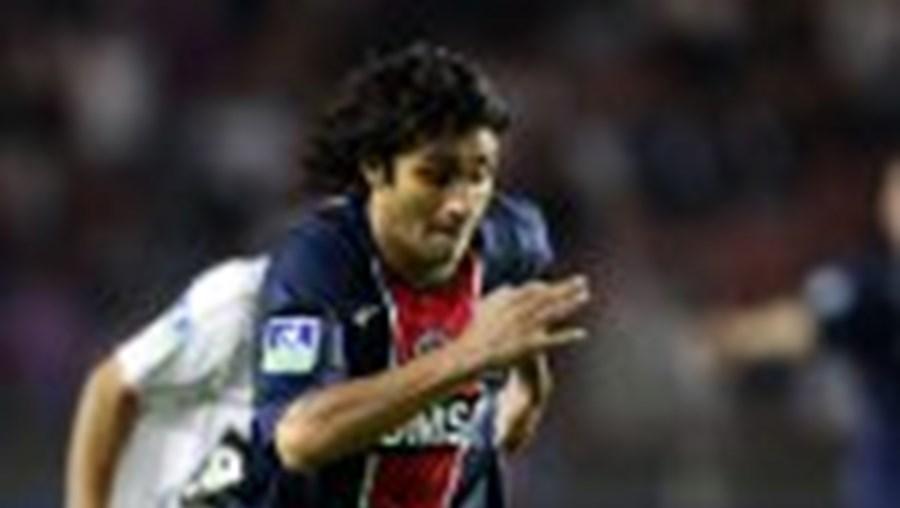 Bueno jogou pouco em Paris muito por culpa do português Pedro Pauleta