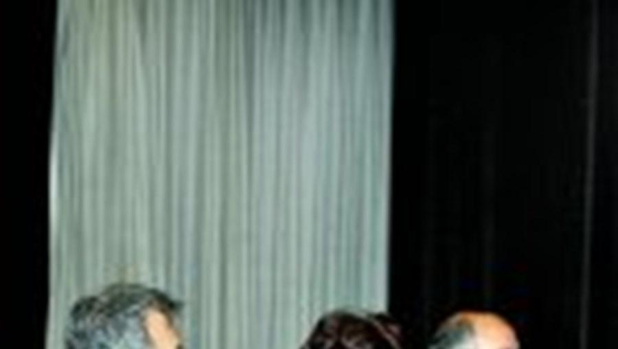Margarida Moreira (ao centro) denunciou 'máfias' nos subsídios