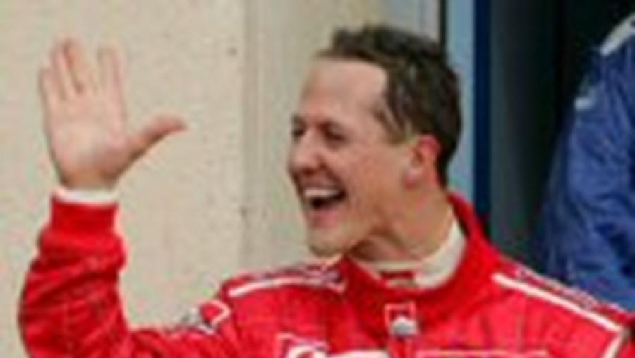 O alemão Michael Schumacher 'joga' em casa este fim-de-semana no circuito de Hockenheim