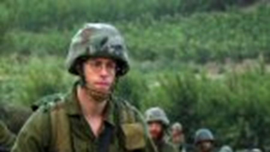 Apesar do cessar-fogo aprovado na ONU, as tropas israelitas avançaram de novo em força para o Sul do Líbano