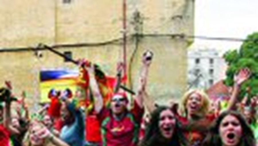Portugueses apoiam Selecção
