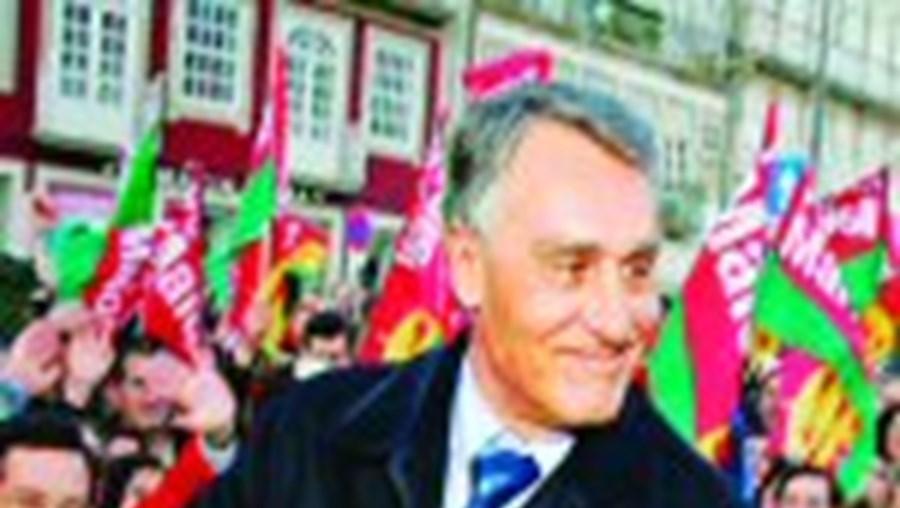 Cavaco Silva teve 'lucros' em matéria de subsídios públicos para financiar a sua campanha eleitoral
