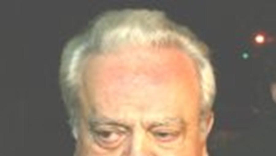 António Serra Lopes