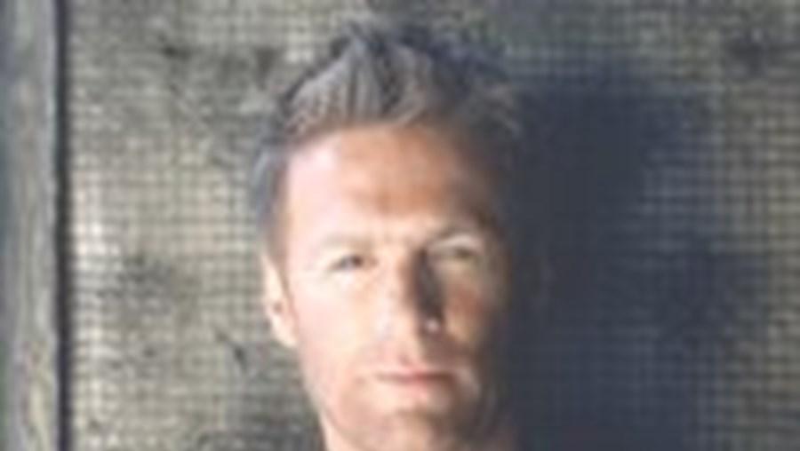 Bryan Adams de regresso