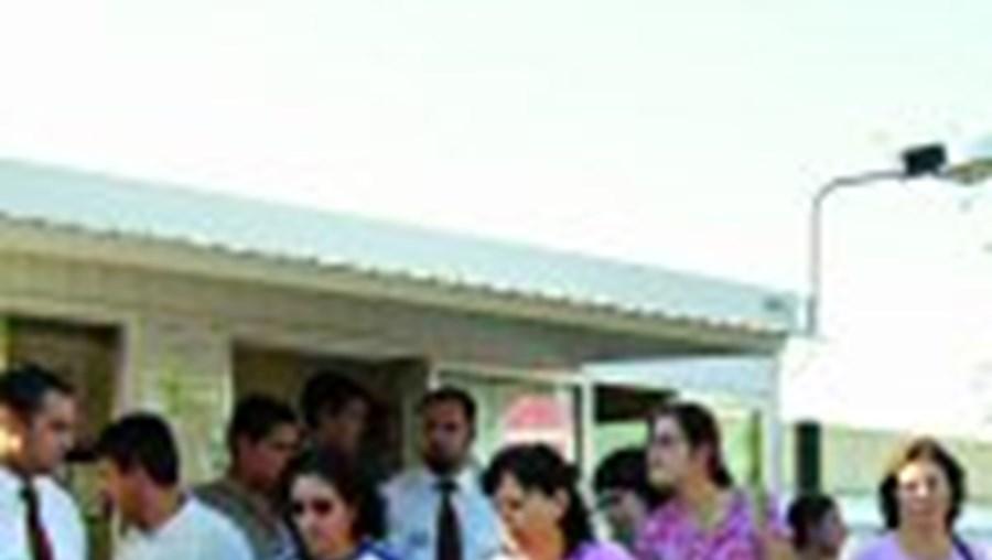 O anúncio do encerramento da multinacional levou o desespero e a tristeza aos 650 trabalhadores de Nelas