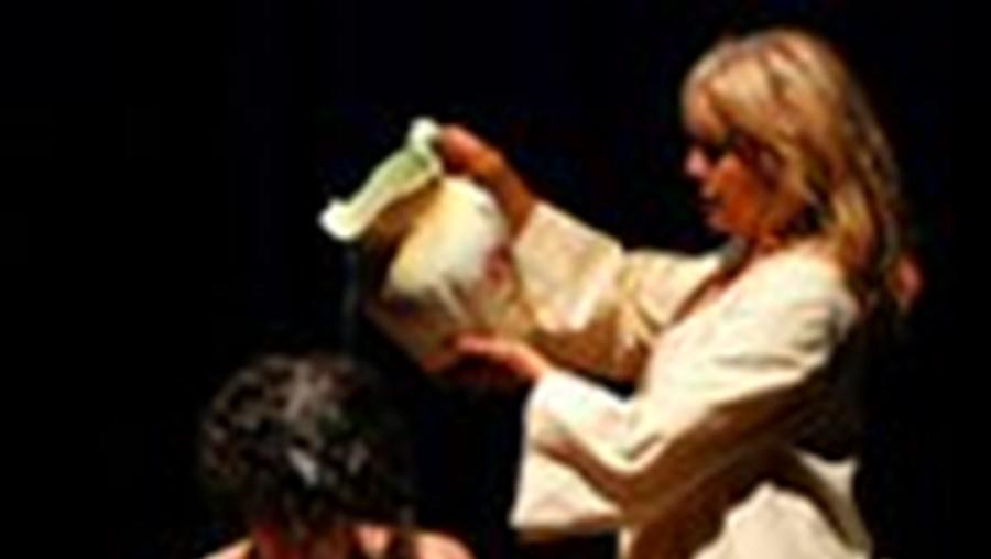 Irene Cruz e Renato Godinho em 'A Visão de Amy', espectáculo em cena no Teatro Mirita Casimiro, no Estoril