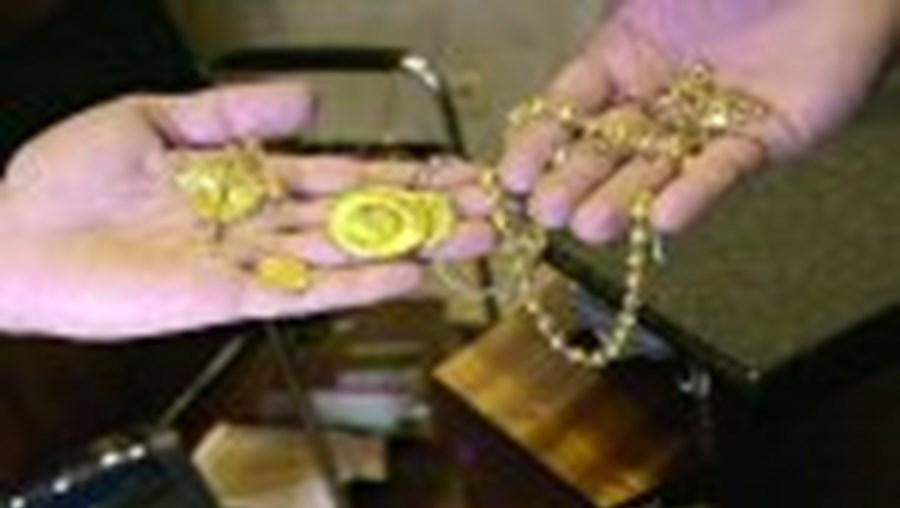 Os feirantes que vendem ouro são alvos fáceis para os assaltantes