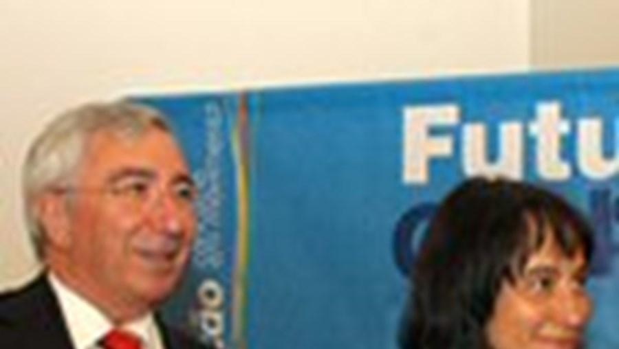 Armindo Costa e Paula Santos, a arquitecta autora do projecto
