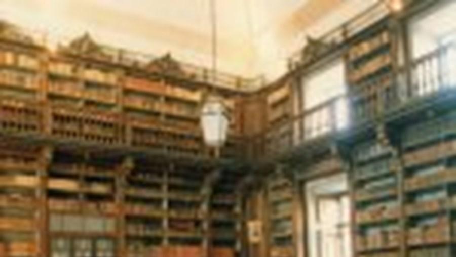 Biblioteca do Exército: fama além-fronteiras