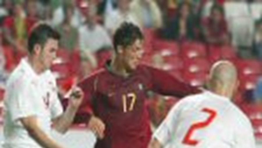 O jogo Portugal-Polónia, que terminou com um empate a duas bolas, foi o programa mais visto do dia