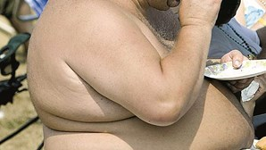 Obesos sem apoio clínico