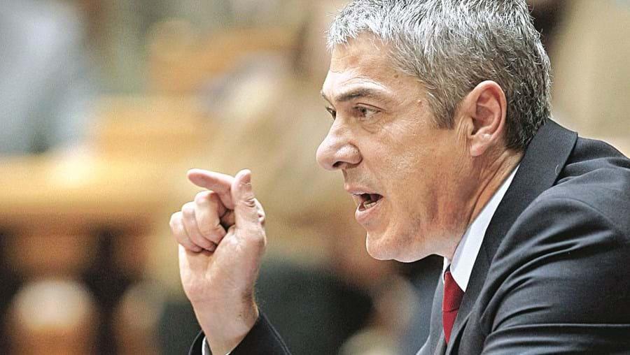 José Sócrates garantiu ontem no Parlamento que a descida do IVA vai beneficiar os cidadãos