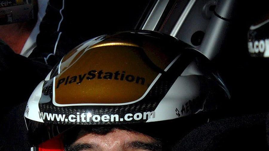 Maradona co-piloto de Loeb