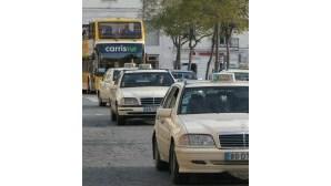 Taxistas ameaçam Governo com greve nacional