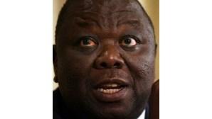 Tsvangirai de regresso ao Zimbabué