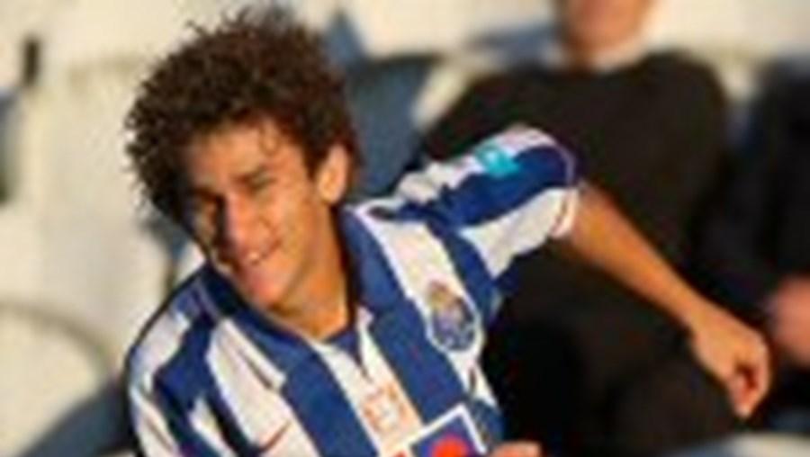 Leandro já foi punido com seis meses de suspensão pela CD da Liga