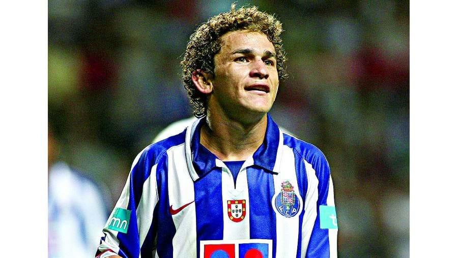 Leandro Lima, apesar do castigo, vai poder começar a época