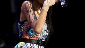 Amy Winehouse enfrenta novo escândalo